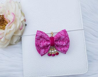 Dainty Bow in Happy Pinks
