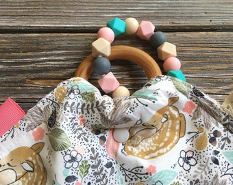Taggy Teether ~ Wooden Ring//Fawn//Woodland//Native//Tribal