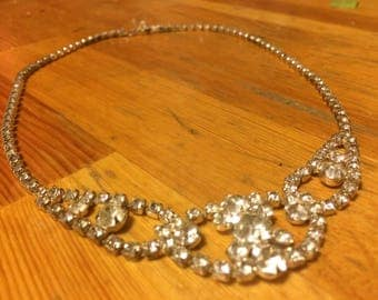 Amazing vintage crystal necklace