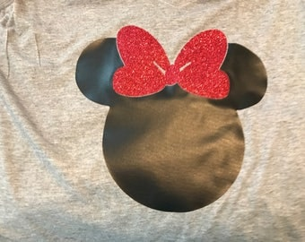 Women's Black Minnie Mouse w/ Red Glitter Bow Tee