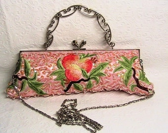 Purse, Vintage Max Mayer Seed Bead Kiss Lock Clutch Purse, Peach Purse/Clutch