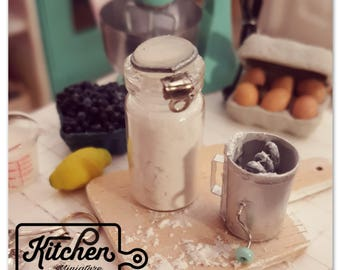 Flour sifter 1/12 scale