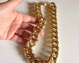Necklace  - oversize chunky heavy gold looking chain necklace gangster style