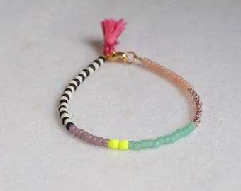 Single Zebra bracelet - Czech glass beads - friendship bracelet - geometric - by STICKTAILS