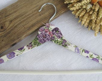 Decorated hanger -  Wooden clothes hanger  - Decoupage -  Purple&White - Roses