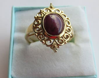 STAR RUBY and DIAMOND ring crafted in 14 kt