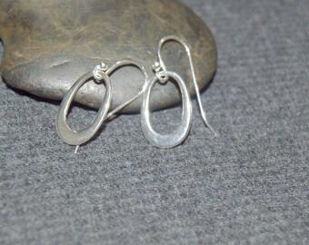 tiny dangle earrings, sterling silver dainty earrings, silver minimalist earrings, small dangle earrings, silver teardrop earrings