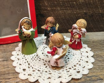 Vintage Angel Ornaments/Set of Four/LiL Angels/Resin/Assorted/Christmas