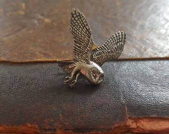 Vintage Signed Silver Tone Owl Tie Pin Tack Lapel Pin