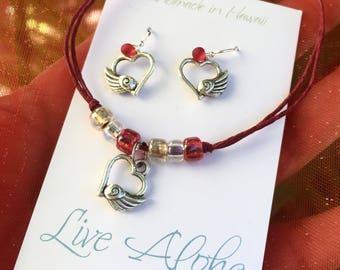 heart jewelry, heart bracelet, red anklet, love jewelry, jewelry gift set, girlfriend gift, sweetheart gift, gift for her, hearts, love gift