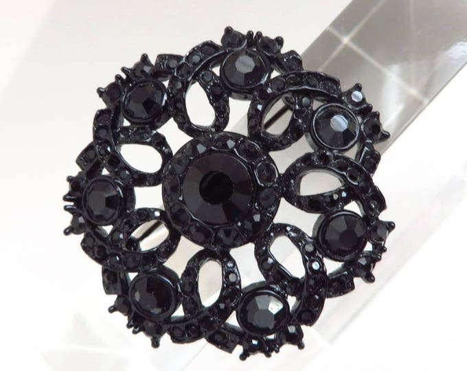 Vintage Black Glass Mourning Brooch | 1960s Floral Wreath Faceted Glass Pin