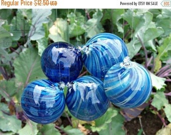 ON SALE NOW Hand Blown Glass Christmas Ornament Garden Sun Catcher-Blue Twist