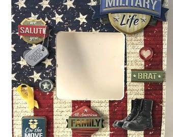 Military life/Soldier life/Military family life/Military frame