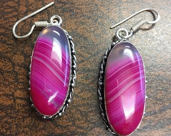Vintage Pink Silver Dangle Agate Earrings, Pink Agate Earrings, Fire Pink Earrings, Pink Silver Earrings, Pink Dangle Agate Earrings