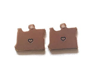 2x Rose Gold Plated Oregon State Charms w/ Hearts - M132/H-OR