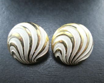 Vintage White and Gold Tone Round Earrings Screw Back Closures