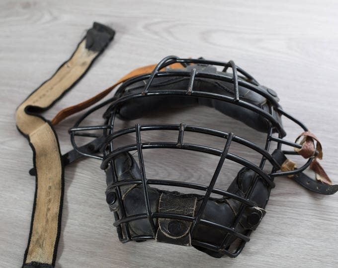 Vintage Baseball Catchers Mask / Antique Sporting Goods / Leather and Cage Metal Protective Mask with Straps