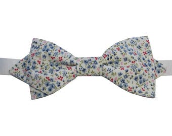 Blue liberty bowtie with sharp edges