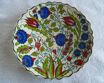 Salad Plate, Turkish ceramic plate, 7 inch plate, Iznik design plate, blue and red floral, side plate, desert plate, birthday gift, wall art