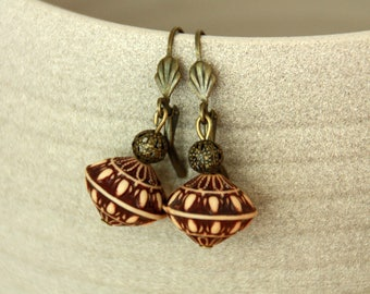 Earrings bronze, Brown earrings