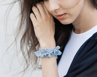 Crochet leaves bracelet/Multi-wear necklace - Lilac-grey. Cotton long necklace.