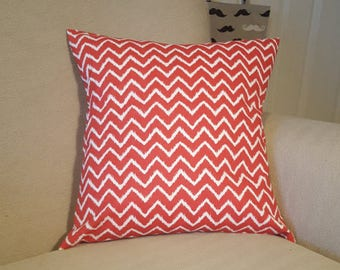 Zig Zag Cushion. Red and White Cushion. Cushion Cover. Envelope Cushion Cover. Made in the UK. Removable Cushion Cover. Quirky Cover.