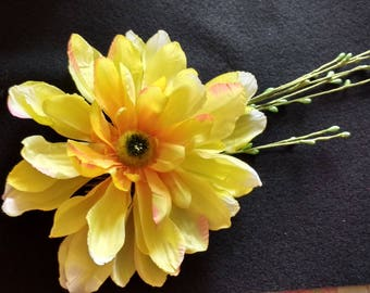 Garden Flower Fascinator