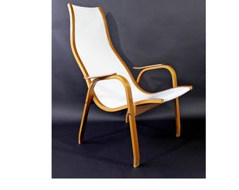 Mid Century Modern White Vinyl Lamino Bentwood Chair Made In Sweden 1950s