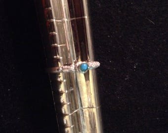 Vintage Southwestern Style Sterling Silver and Turquoise Solitaire Ring - Size 6.75