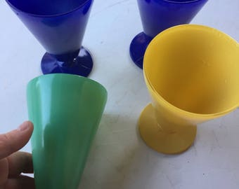 Vintage Set of 4 Colorful Water or Sundae Glasses