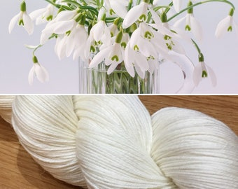 Snowdrop, soft 75/25 merino nylon blend 4ply sock yarn white undyed
