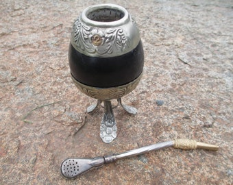 Drinking Gourd - Bombilla - Argentina Alpaca Tea Straw and Tea Gourd - Yerba Mate' - FREE SHIPPING - Flower Motif - Argentina - Vintage