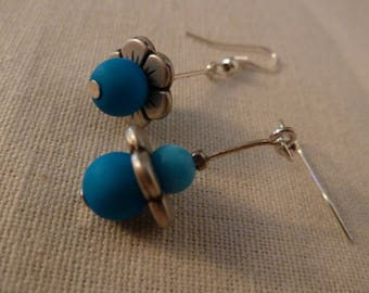 """So Cute"" earrings blue"