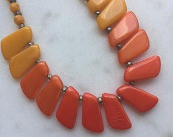 Vintage 1930's Orange Glass Beads Necklace