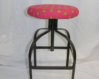 """Fitted elasticized round bar stool, vanity stool or counter stool cover hot pink with green polka dots,  fits 13"""" - 15"""" diameter seat"""
