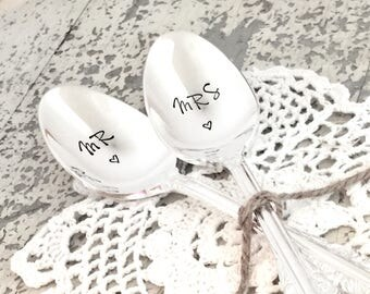 Mr & Mrs wedding spoons, Vintage silver plate cake spoon set, Hand stamped coffee spoons, Ready to ship engagement gift, Custom teaspoons