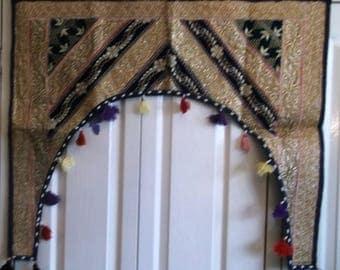 Maya Radlishna Toran Window display 94cm x 73cm (approx).