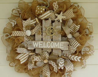 Beach Wreath, Seashell Wreath, Summer Wreath, Burlap Wreath, Starfish and Seashells Wreath, Nautical Wreath,