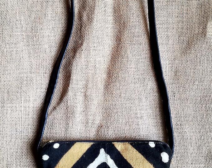 Minimalist Mud Cloth Sack / Artisan: Pamala Phelps