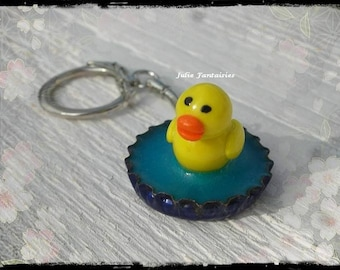 "Keychain ""My duck in his pond"" in Fimo"