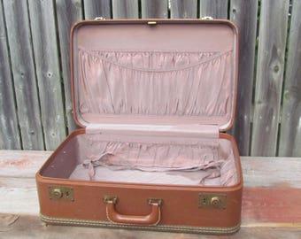 Vintage 1950's Oshkosh Luggage Brown Train Travel Suitcase