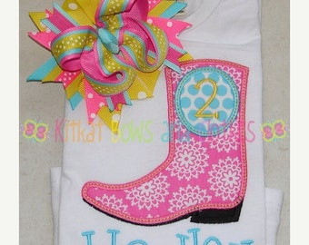 ON SALE Girl Birthday Boot Applique Shirt and Matching Hairbow - Cowgirl - Rodeo - Cowboy Boot