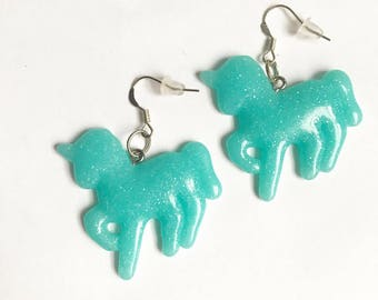 The unicorn earrings