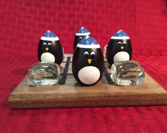 PENGUIN and ICE Tic-Tac-Toe (blue hat)