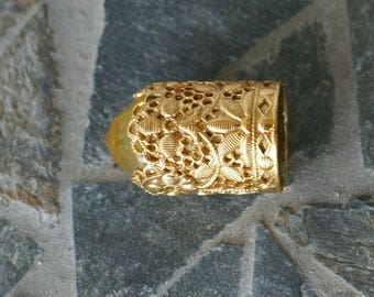 Magnificent Vintage Ornate High Relief Jeweled Top Thimble