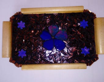 Tray wood covered with mosaic tiles