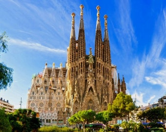 Laminated placemat Spain view of the Sagrada Familia in Barcelona