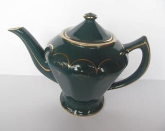 Hall Tea Pitcher - Green with Gold Trim - Vintage Ceramic  Pitcher  - 6 Cups  -  0240