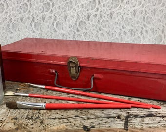 Vintage Little Red Tin Metal Tool Box Stash Box Arts And Crafts Organizer Storage Case Industrial Utility Box Retro Cottage Chic Decor