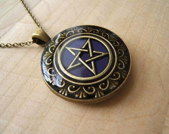 Purple pentagram necklace. Pentacle pendant. Occult jewellery.  Pagan, Wicca pendant. Handmade.